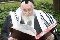 """Clean for Pesach and Enjoy the Seder! Notes from HaRav Scheinberg, zt""""l"""